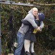 Le 10 mars 2011, Zara Phillips prenait part à une compétition hippique de Tweseldown, à Church Crookham, dans le Hampshire. Sous les yeux de son fiancé Mike Tindall, toujours là pour distribuer les câlins !