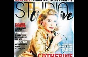 Catherine Deneuve, interrogée par ses partenaires, répond sans cligner des yeux!