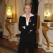 Elise Lucet en deuil : Son retour à la télévision est imminent...