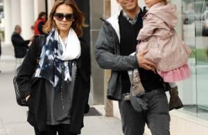 Jessica Alba : Une future maman épanouie avec son homme et sa malicieuse Honor !