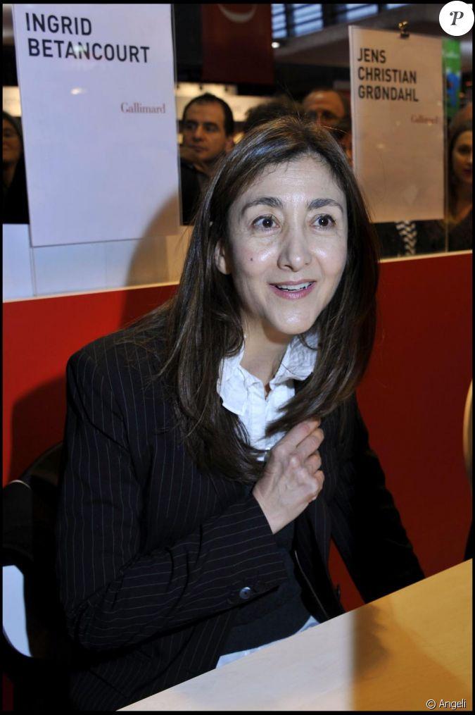 Ingrid betancourt au salon du livre paris le week end for Salon du divorce