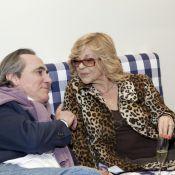 Philippe Lavil, Nicoletta et Mia Frye se mettent tous au lit... version luxe !