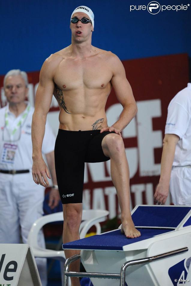 Alain Bernard a subi la loi de Fabien Gilot et William Meynard sur le 100 m nage libre aux championnats de France le 25 mars 2011, et ne briguera pas un nouveau poidum sur la distance aux prochains mondiaux.