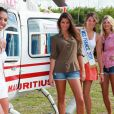 Chloé Mortaud, Malika Ménard, Laury Thilleman et Alexandra Rosenfeld : les Miss ont découvert les joies de l'hélicoptère !