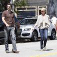 Katherine Heigl et son mari Josh Kelley déjeunent chez Little Dom's à Los Feliz à Los Angeles le 5 avril 2011