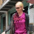 Katherine Heigl et son mari Josh Kelley sortent de leur home-sweet-home pour une petite séance shopping à Los Angeles le 6 avril 2011