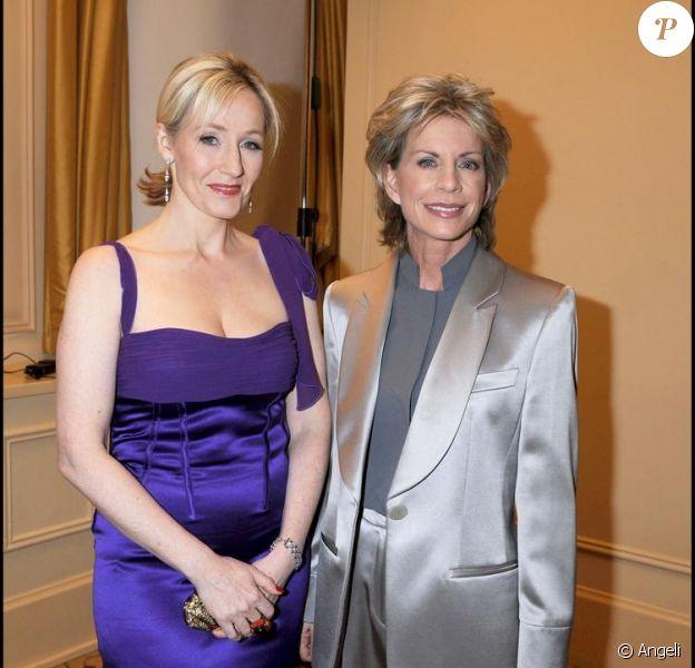 J.K. Rowling et Patricia Cornwell à l'occasion des Galaxy Book Awards le 9 avril 2008 à Londres