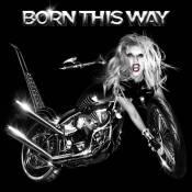 Lady Gaga le nez dans le guidon : la Gaga-bécane dérape et choque !