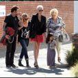 Johnny Hallyday et Laeticia en famille, à Pacific Palisades, le 1er avril 2011.