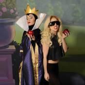 Lady Gaga : déchaînée, elle se prend pour une Blanche Neige rock'n'roll !