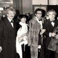 Yves Robert, Danièle Delorme, son fils Xavier Gélin et son ex-mari et père de Xavier, Daniel Gélin, lors de la soirée des César en 1978