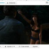 Jessica Alba, furie en sous-vêtements, se jette dans les bras de Ben Stiller !