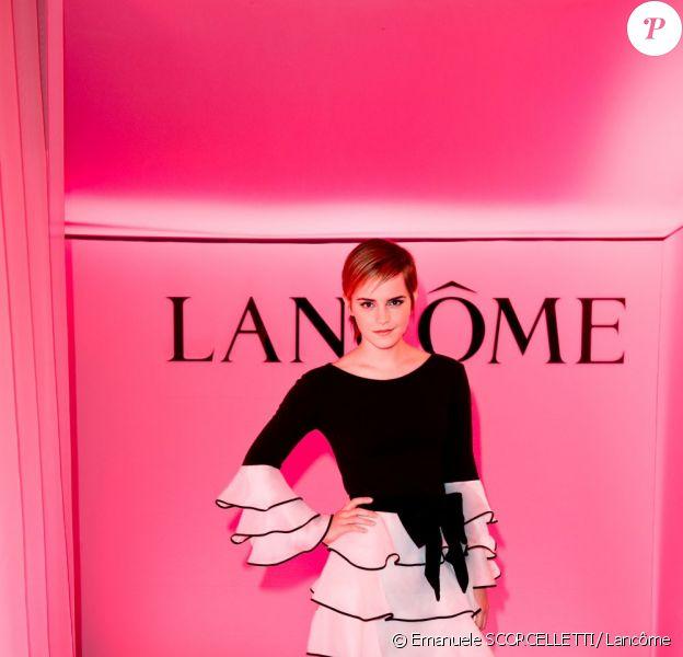 Emma Watson lors de la soirée Lancôme organisée le 9 mai 2011 à Paris