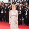 Vahina Giocante radieuse et superbe le 14 mai 2011 sur le tapis rouge de Cannes !