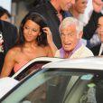 Jean-Paul Belmondo et Barbara Gandolfi à Cannes, le 18 mai 2011.