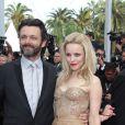 Sublime Rachel McAdams ! Au côté de son compagnon Michael Sheen, elle était à Cannes le 12 mai 2011 pour la première de Sleeping Beauty