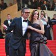 Durant la quinzaine du Festival de Cannes 2011, le glamour est au rendez-vous. Brad Pitt, Angelina Jolie, le tapis rouge de Cannes le 16 mai, tout était réuni pour célébrer le cinéma