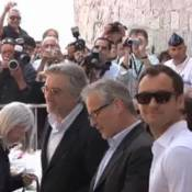 Cannes 2011 : Robert De Niro et Jude Law ont un gros penchant pour l'ail !