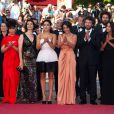 Hiam Abbass, Sabrina Ouazani, Hafsia Herzi, Radu Mihaileanu, Leïla Bekhti et Biyouna émus lors de la présentation de La Source des femmes au festival de Cannes le 21 mai 2011
