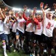 Les joueurs de Lille savourent leur titre de champion de France au Parc des Princes (Paris), samedi 21 mai 2011.