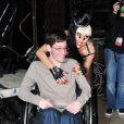 Lady Gaga, dédicace l'album  Born This Way  à ses fans, à New York, le 23 mai 2011.