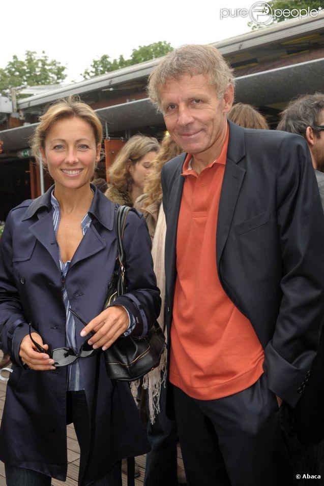 Comme chaque année, Framboise Holtz réunira une fine équipe de stars pour le Trophée des Personnalités Roland-Garros 2011, du 31 mai au 2 juin à la Porte d'Auteuil ! Anne-Sophie Lapix et PPDA y seront en lice !