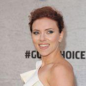 Scarlett Johansson sublime célibataire, Eva Mendes mise sur le décolleté...