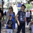 Kate Hudson se balade en famille à Buenos Aires avec son fils de 7 ans, Ridley, et son fiancé Matthew Bellany (le père de son deuxième enfant). Le 2 avril 2011