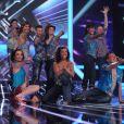 La troupe de la comédie musicale  Mamma Mia!  était sur le plateau de X Factor le 7 juin 2011 tandis que les derniers votes étaient enregistrés...