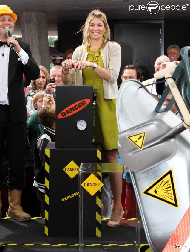 Le 8 juin 2011, la princesse Maxima des Pays-Bas inaugurait un centre pédagogique à Almere.