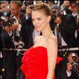 Natalie Portman voit rouge et les met tous dans sa poche ! Festival de Cannes en 2008