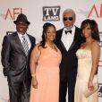 Morgan Freeman et ses enfants lors de la soirée de gala en hommage à Morgan Freeman, dans le cadre du 39e AFI, aux studios de Sony Pictures, à Los Angeles, le 9 juin 2011.