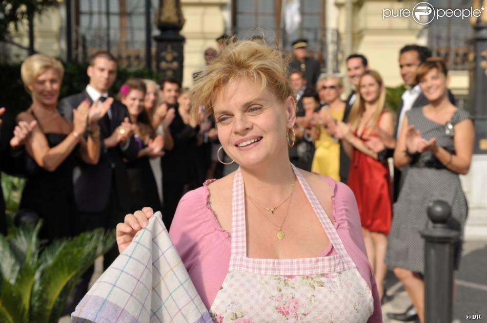 Les Tuche, un film d'Olivier Baroux avec Isabelle Nanty dans le rôle de Cathy Tuche, une fée du logis.