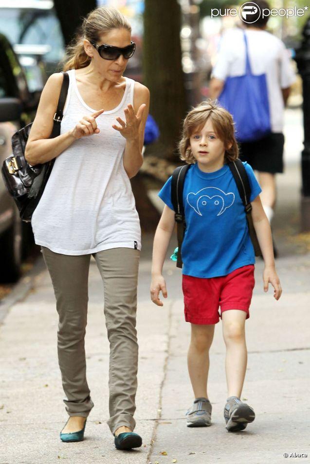 Sarah Jessica Parker dépose son fils James à l'école à NEw York le 10 juin 2011