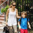 Sarah Jessica Parker profite de son adorable fils James en l'emmenant à l'école à New York le 10 juin 2011
