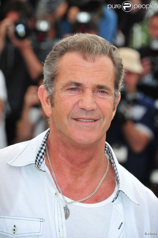 mel gibson devient infirmier pour entamer sa peine pour violences conjugales purepeople. Black Bedroom Furniture Sets. Home Design Ideas
