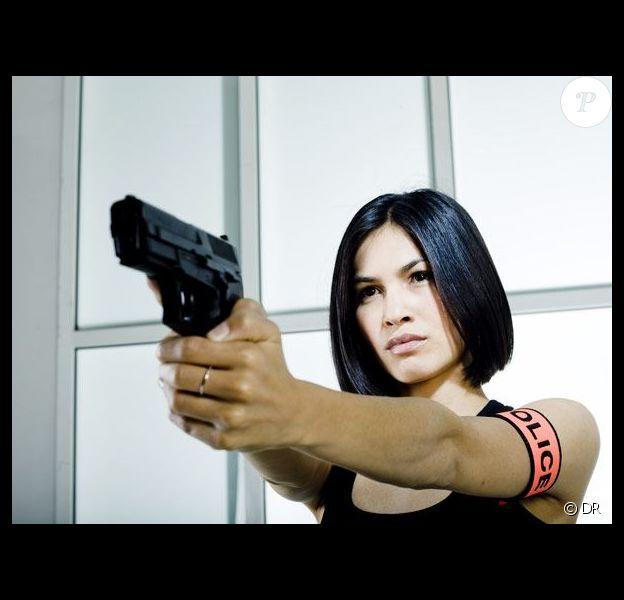 Elodie Yung dans la série Les Bleus.