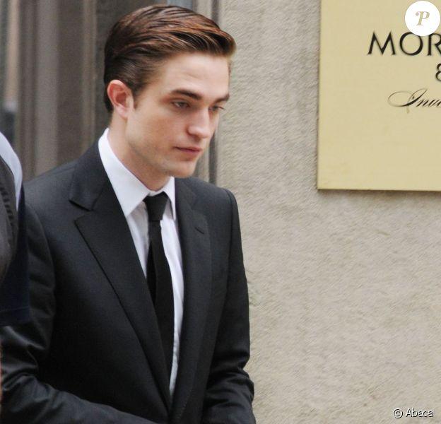 Robert Pattinson durant le tournage de Cosmopolis à Toronto le 29 mai 2011