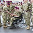 Le 16 juin 2011, le prince Charles manquait encore Ascot, appelé par le devoir. Il était chargé, en tant que colonel du régiment de parachutistes de Colchester, de remettre des médailles de campagne.