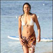 Michelle Rodriguez : Câlins, surf et délires sur la plage
