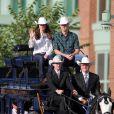 William et Kate, Royal Tour au Canada, jour 8 (jeudi 7 juillet 2011). Pour l'avant-dernier jour de leur visite officielle, le prince William et son épouse la duchesse Catherine de Cambridge ont rallié Calgary, leur dernière étape au Canada avant un déplacement de trois jours à Los Angeles.