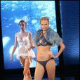Les mannequins sexy ont fait le show à l'ouverture du Salon Mode City le 9 juillet à Paris.