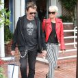 Johnny Hallyday et sa femme Laeticia le 18 avril 2011 à Los Angeles