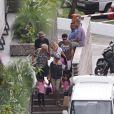 Johnny, Laeticia, Jade et Joy et mamie Rock à leur arrivée à Saint-Barth fin juin 2011.