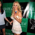 Pamela Andeson fête son anniversaire dans la boîte de nuit Le Chateau à Las Vegas le 30 juillet 2011