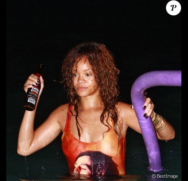 Rihanna en vacances à La Barbade, le 6 août 2011. Elle se lâche comme jamais.
