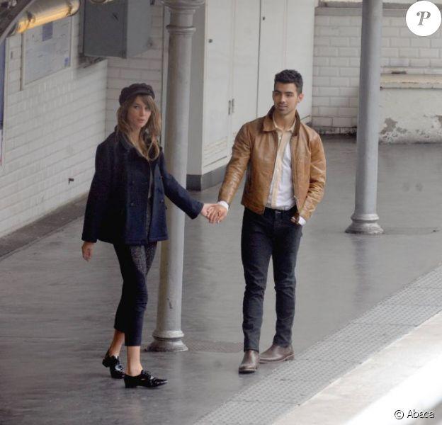 Joe Jonas en plein tournage de son deuxième clip, Just in Love, le 26 juillet 2011