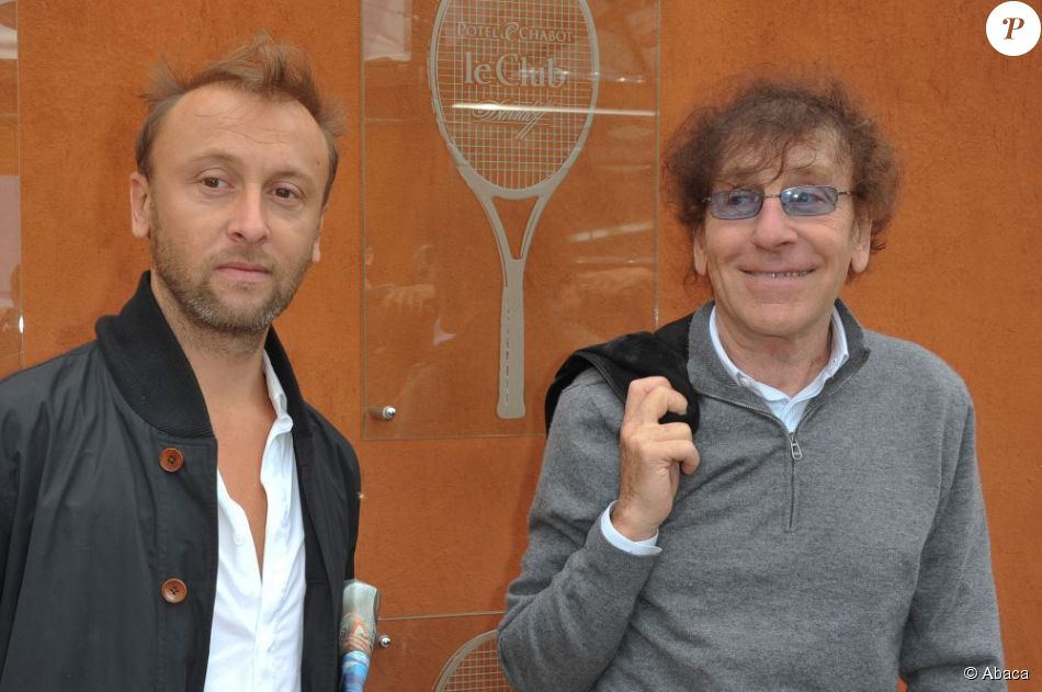 pierre souchon et son p re alain souchon roland garros en juin 2011. Black Bedroom Furniture Sets. Home Design Ideas