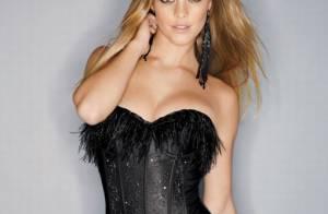 Nina Agdal : en corset, ange ou démon... la blonde vous ensorcelle