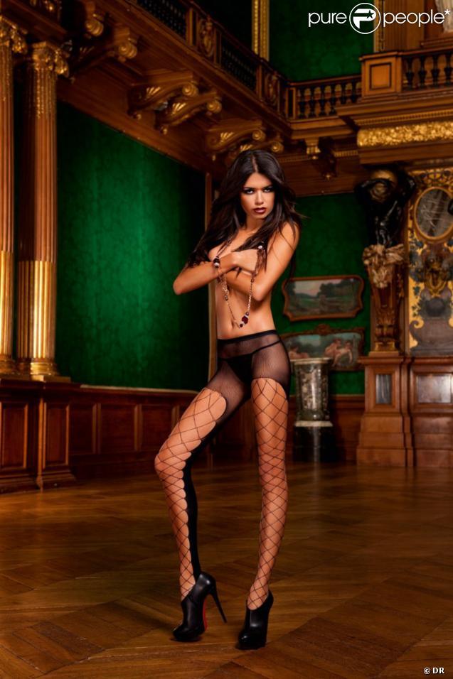 chaud ébène lingerie